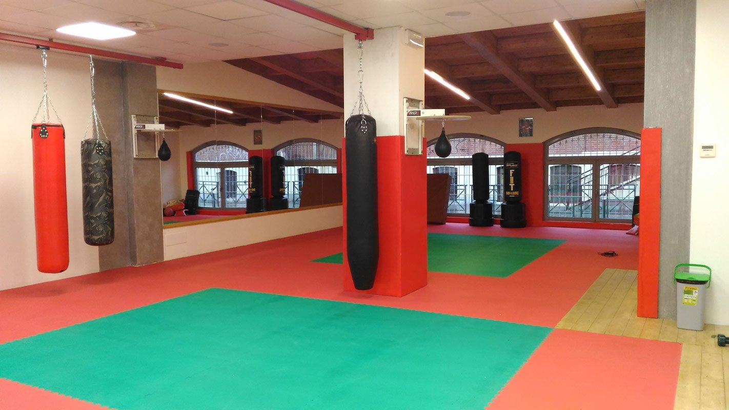stanza per corsi ed allenamenti di kick boxing