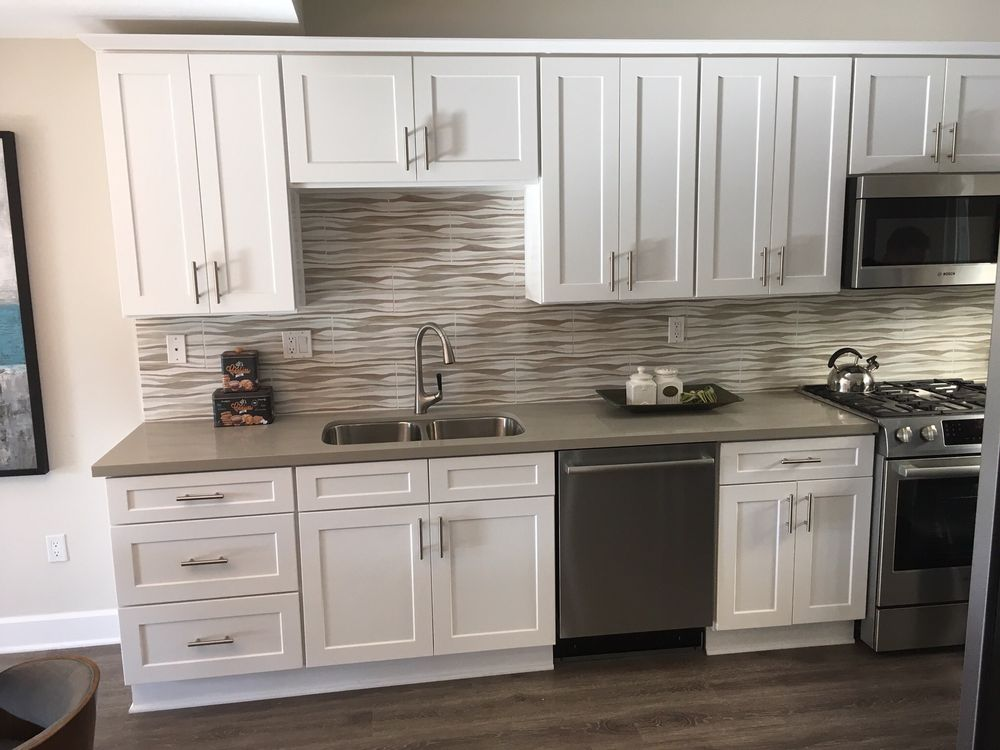 Seamless White Shaker RTA Cabinets   Gallery Home Design