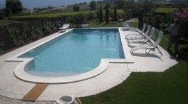 piscina su misura