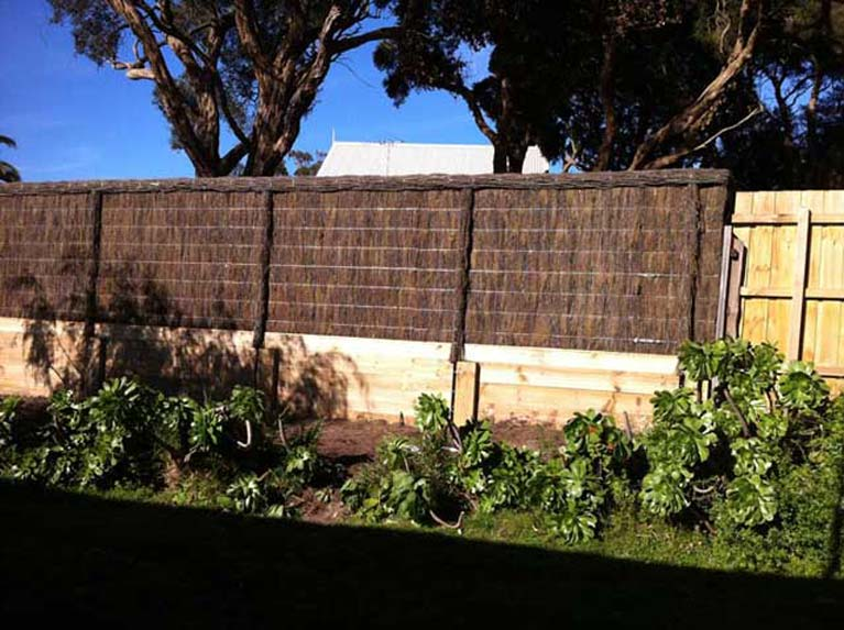 noise absorbing fence and feature fencing in mornington peninsula
