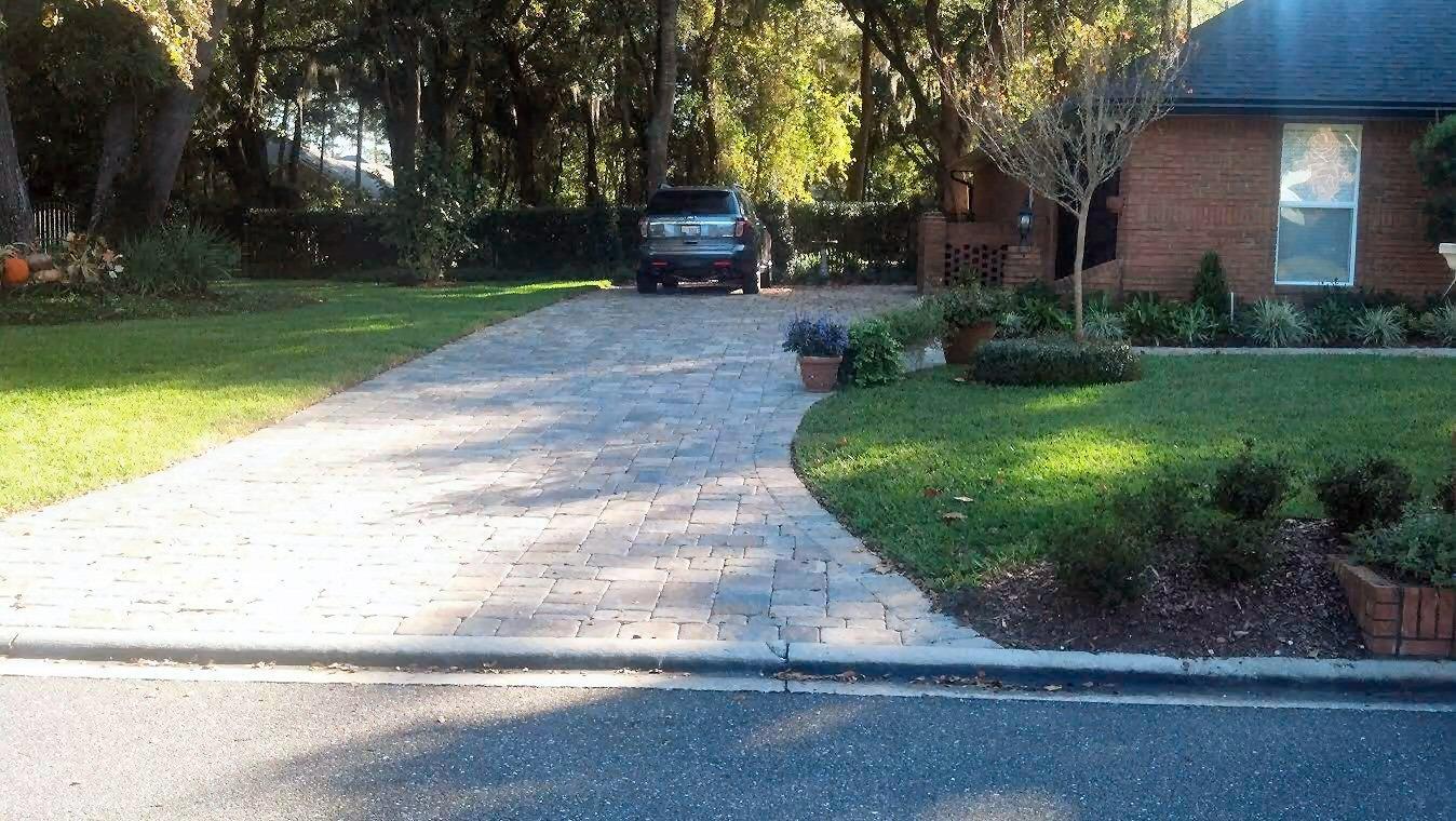 Paver driveways jacksonville sawgrass ponte vedra for Landscaping rocks jacksonville