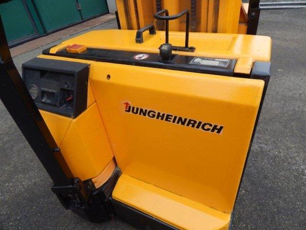 Jungheinrich EFG216k
