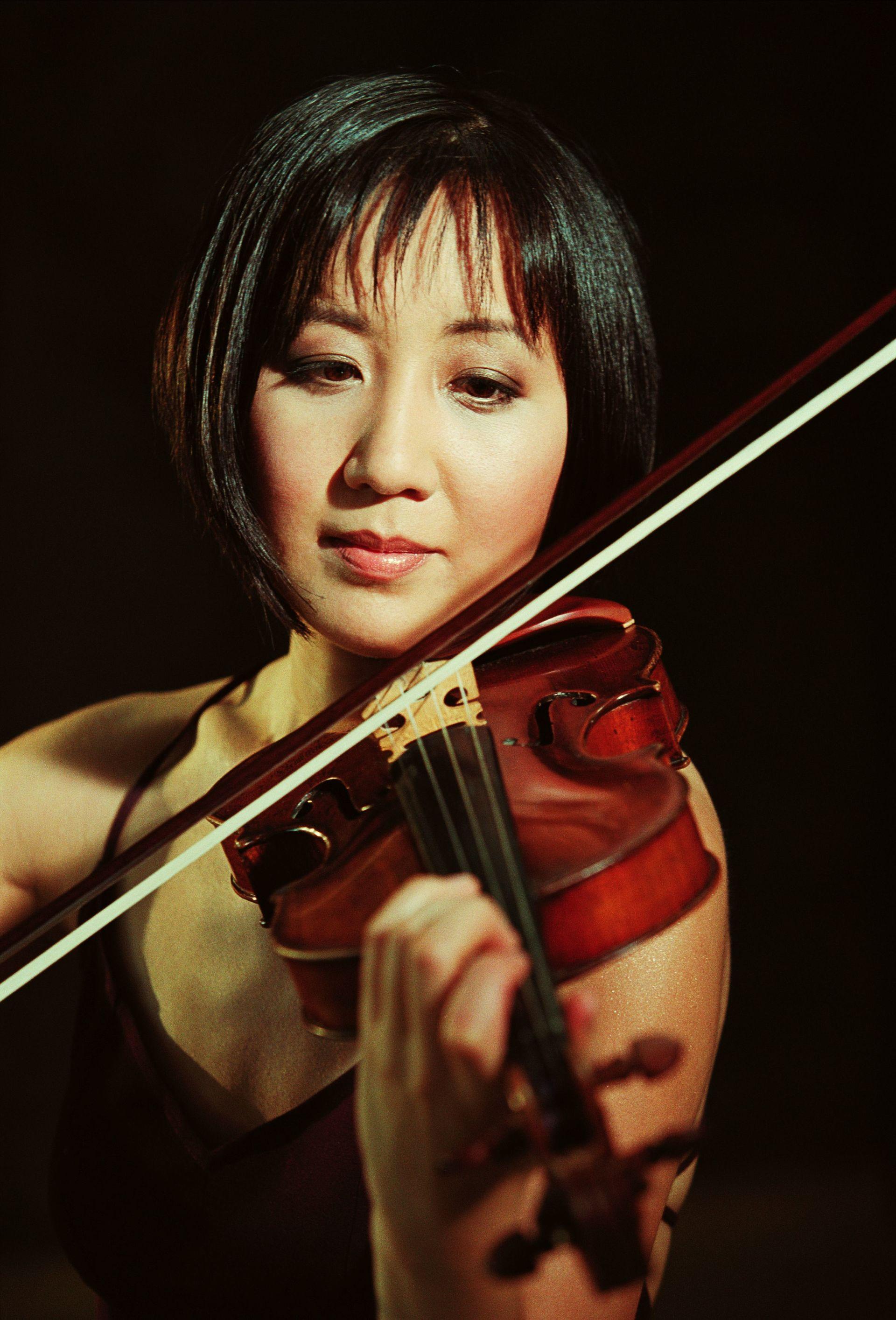 Linda Wang Violinist