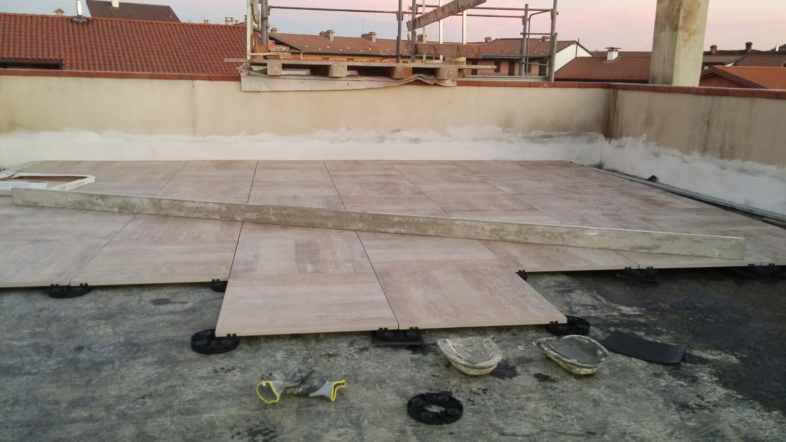 rifacimento di pavimentazione di un terrazzo