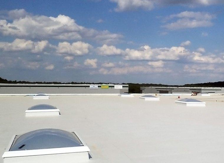 tetto impermeabilizzato e lucernai