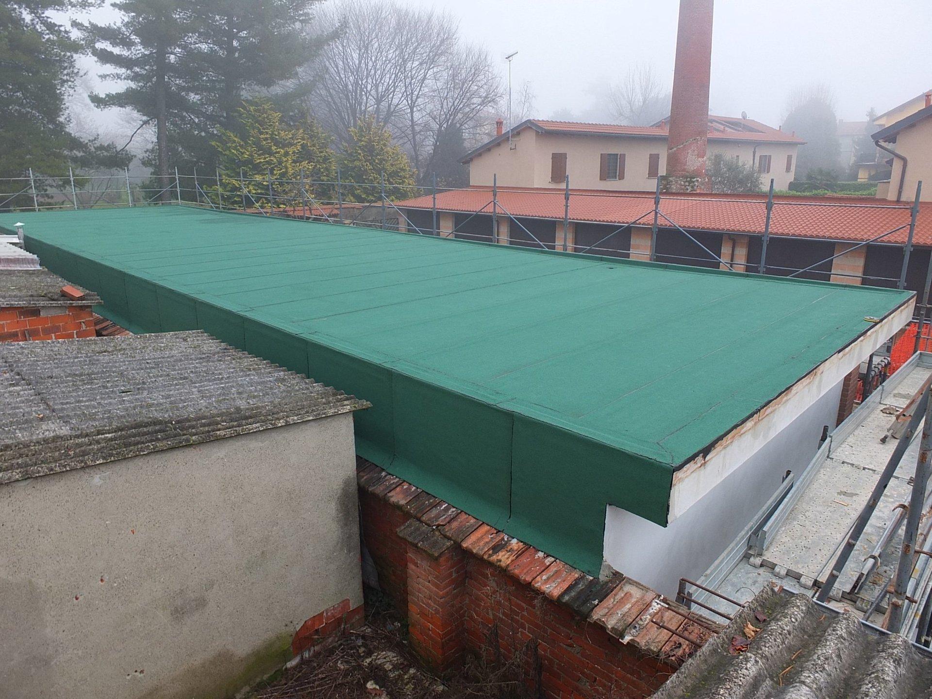 materiale impermeabilizzante su tetto
