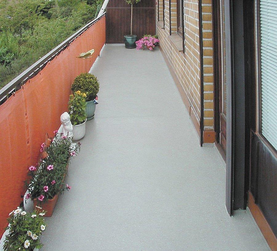balcone con pavimento impermeabilizzato