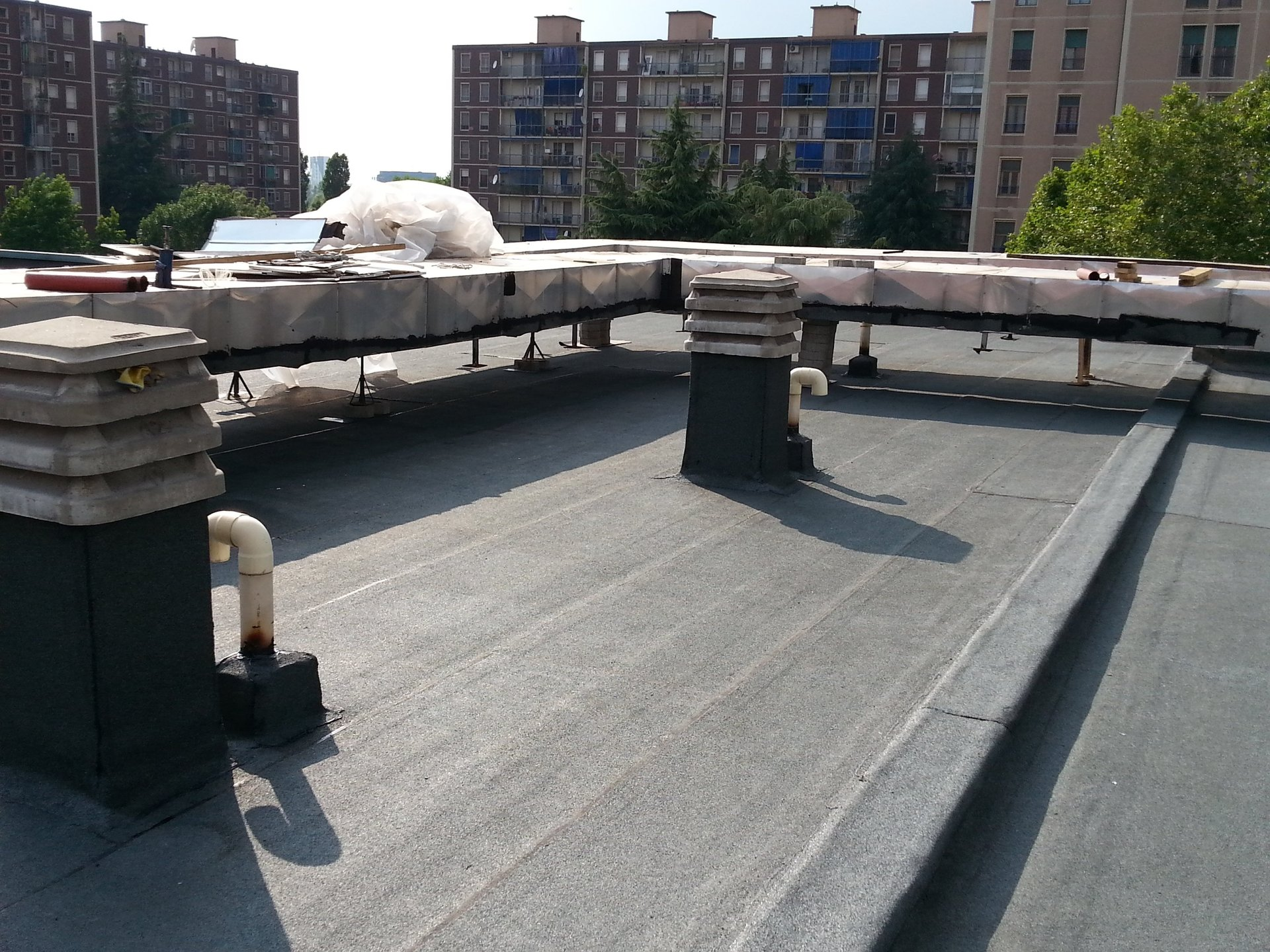 tetto con copertura impermeabilizzante