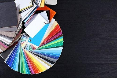 ventaglio di colori diversi