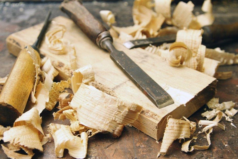 Falegnameria Marrone porte legno massello