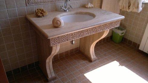lavabo in marmo lavorato