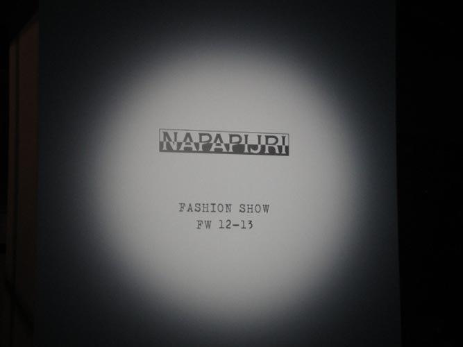 NAPAPJIRI FASHION SHOW