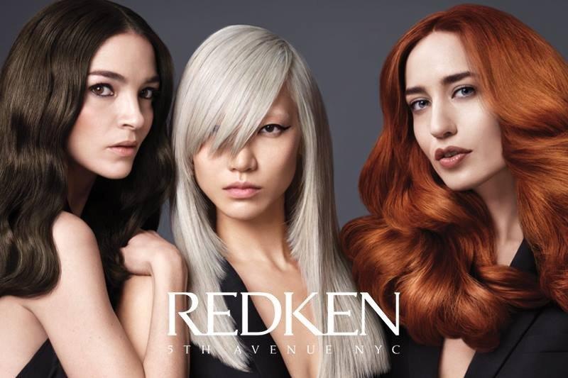 modelle con stile capelli diverse
