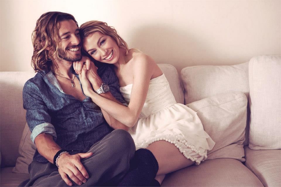 giovane coppia durante amore