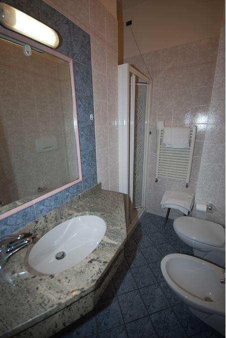 Camere con bagno