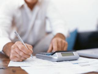 analisi finanziarie, amministrazione di aziende, analisi dei costi