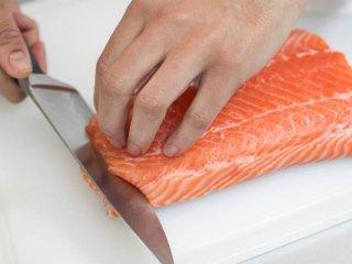 sfilettare un pesce