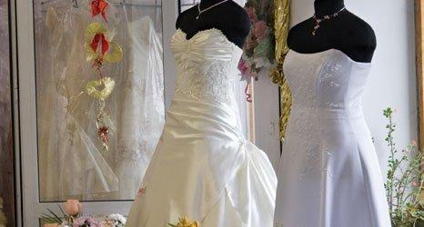 Mark Lesley wedding dresses