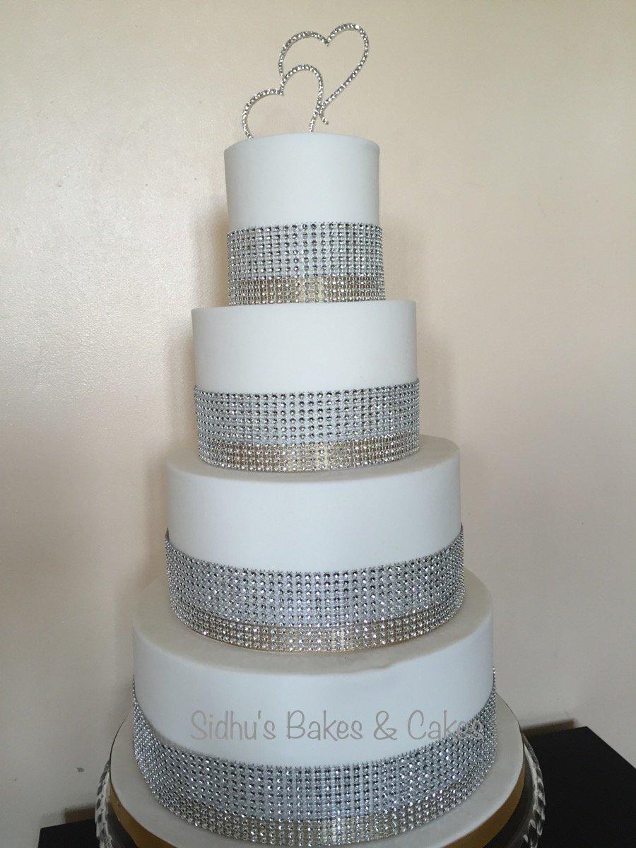 4 tyre wedding cake