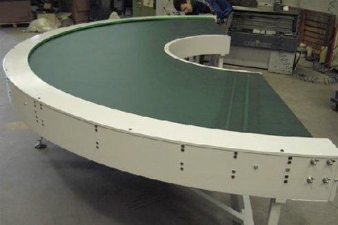 curva motorizzata con rulli cilindrici