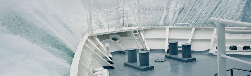 Consulente assicurativo per navi mercantili a carico liquido