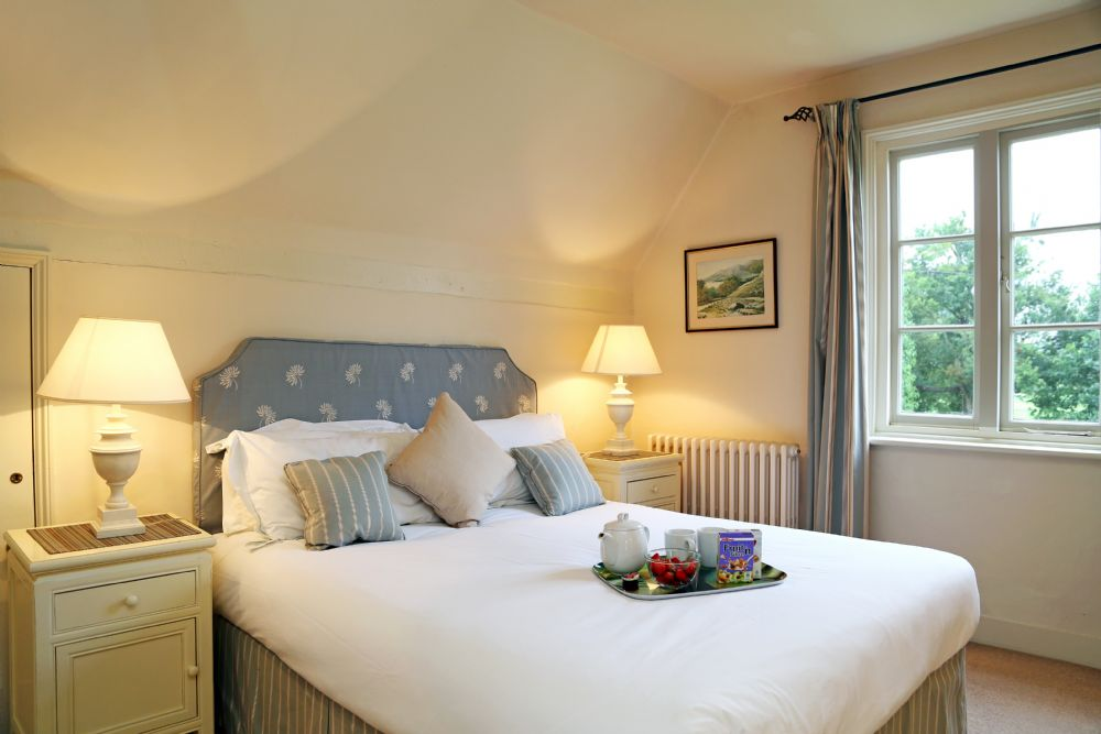 Essex Holiday Cottages book with Trip Advisor, AirBnB, Owners Direct, Mulberry Cottages or direct