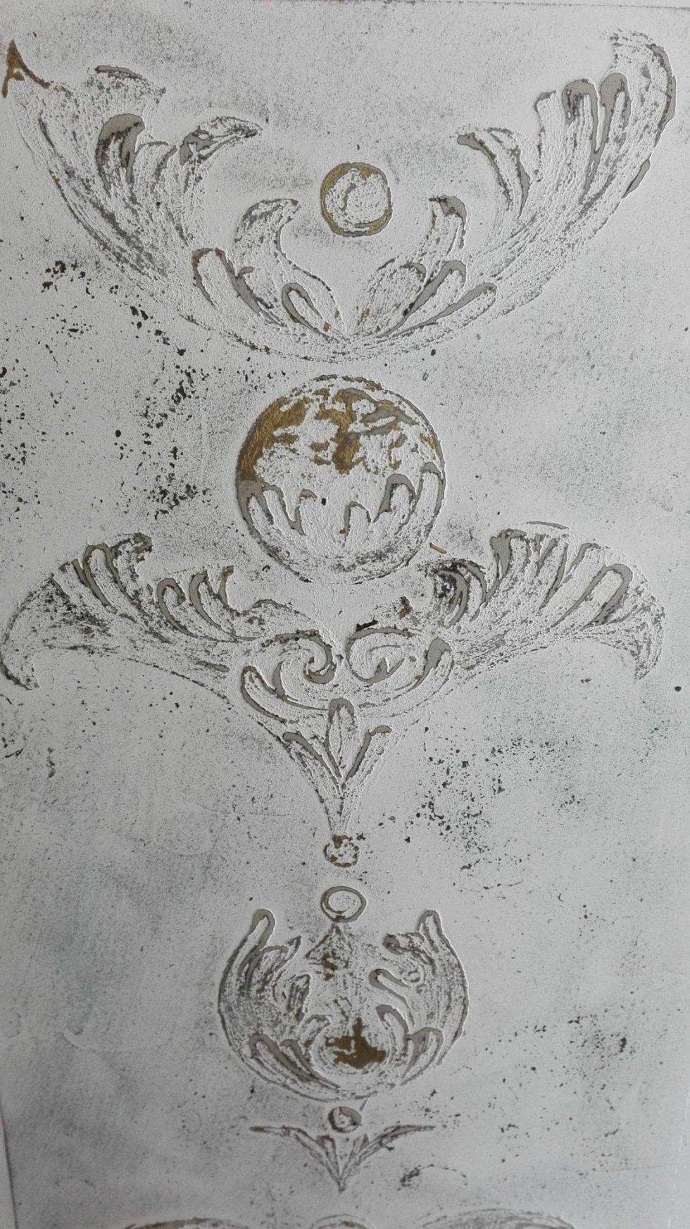 decorazione in resina a rilievo
