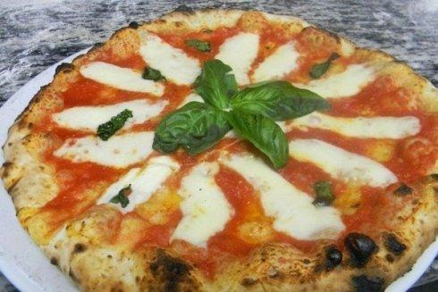 Concludiamo con un ultimo scatto fotografico che sicuramente vi fa venir voglia di assaggiare la nostra pizza.