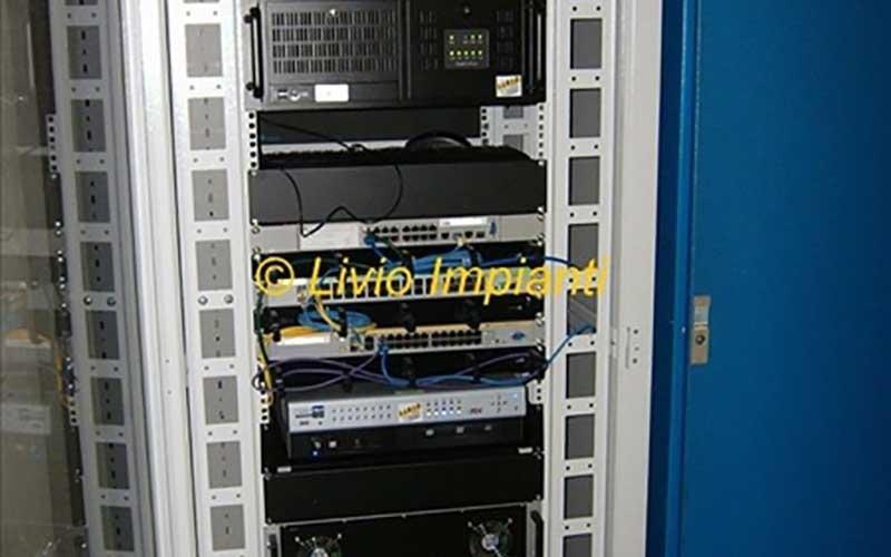 cablaggio fibre ottiche tvcc