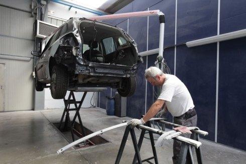 riparazione di scocche in alluminio