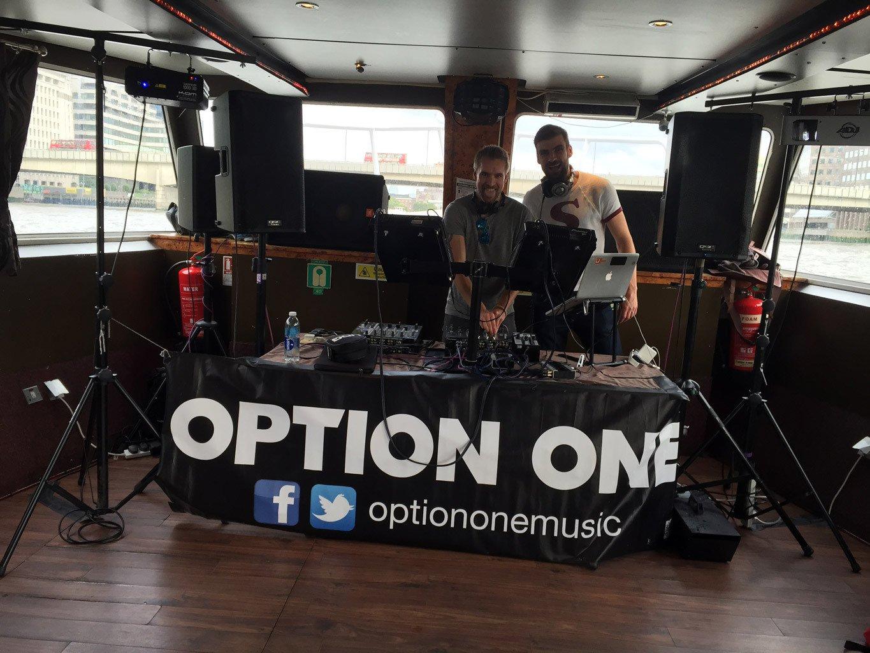River Boat DJ