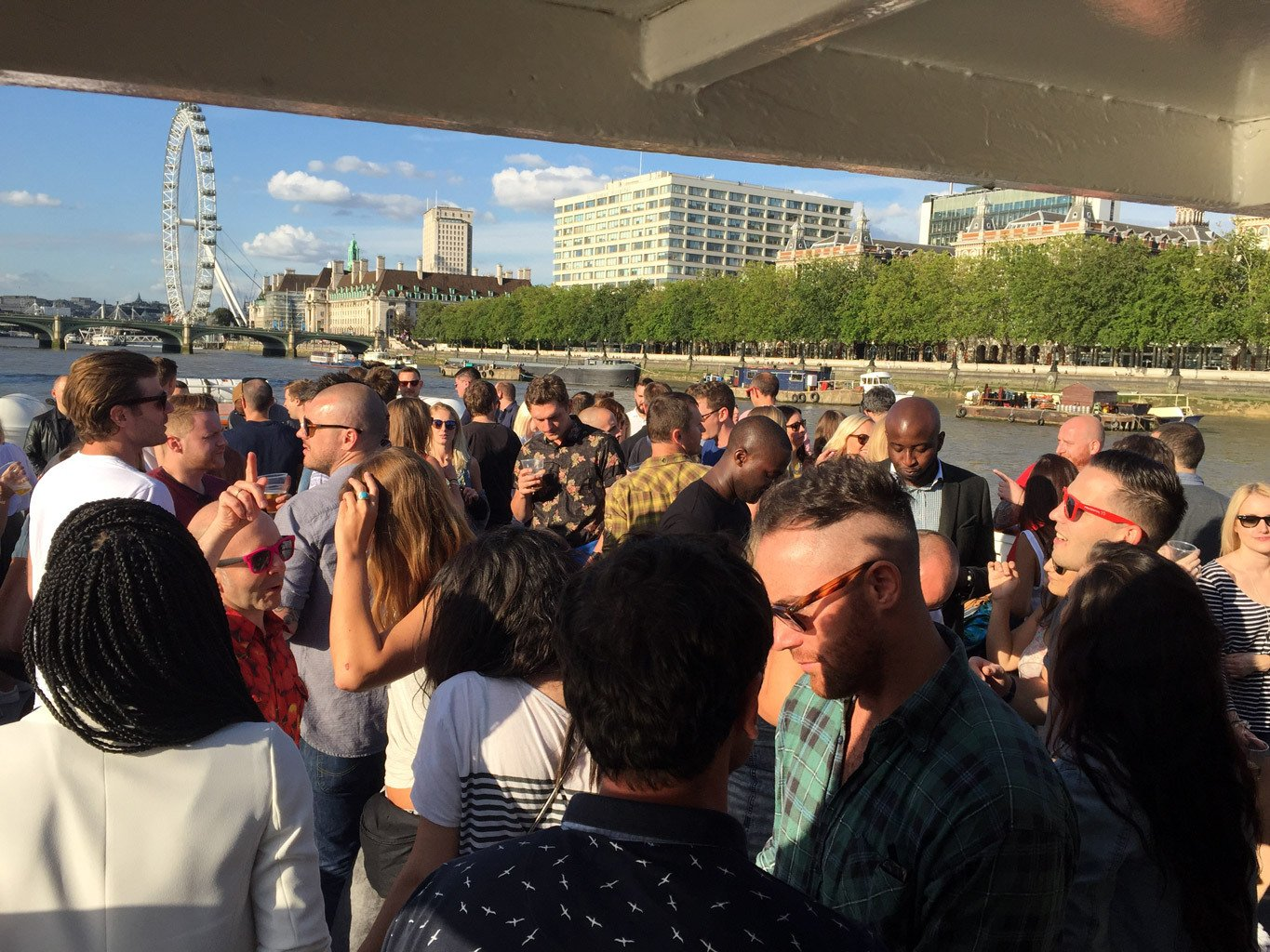 Summer Thames Party Boat Event