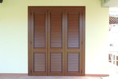 Porta Persiana in alluminio color legno, orientabile, Follonica