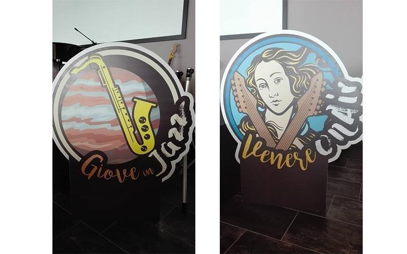 decorazioni su un vetro di un ristorante