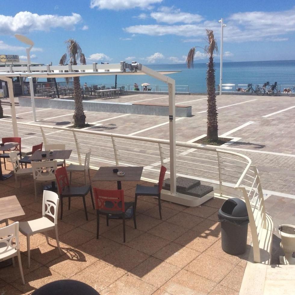 terrazza vista mare di un ristorante