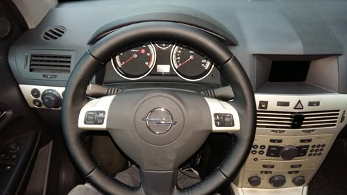 volante di un auto