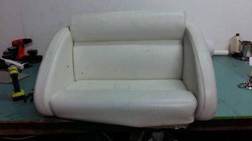 sedile doppio bianco