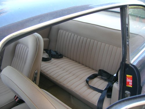 interni beige di un auto