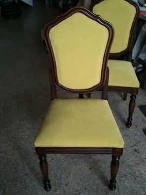 due sedie stile antico