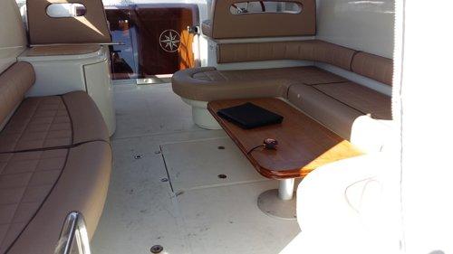 zona relax di una barca