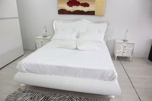 letto bianco matrimoniale