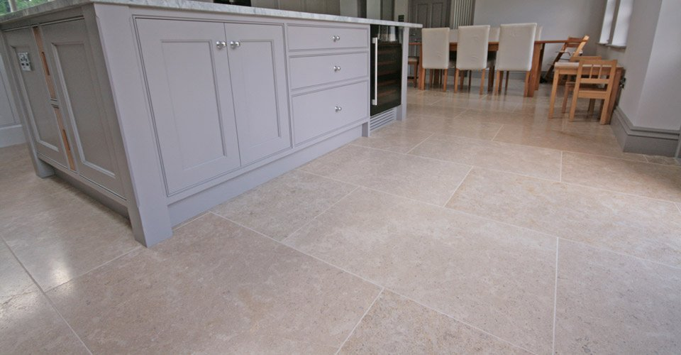 Dijon Light Tumbled Limestone