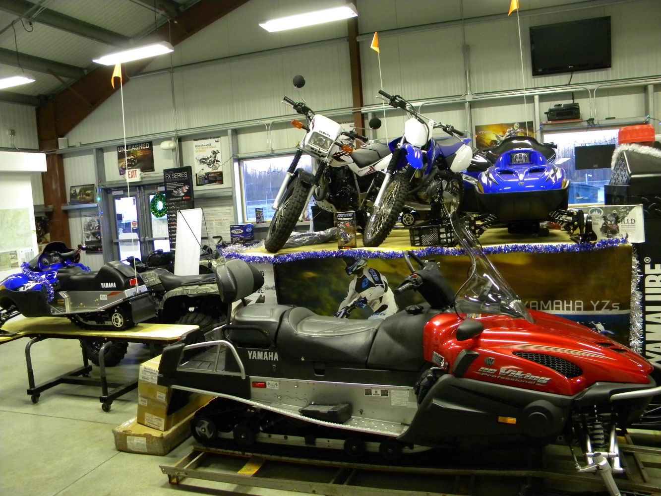 our snowmobiles and motorbikes store in Big Lake, AK
