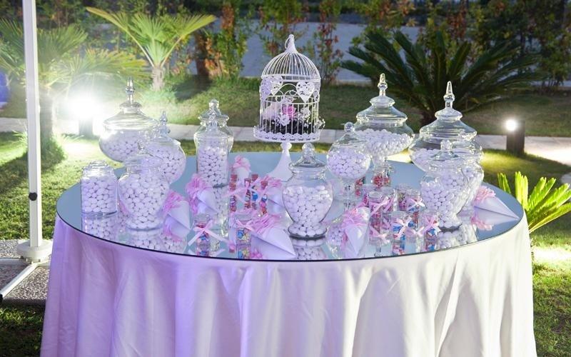 Confettata a Villa Royal