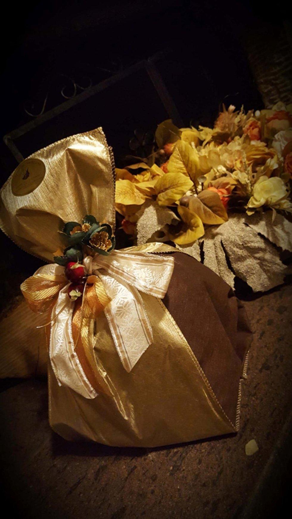 panettoni artigianali in confezione regalo