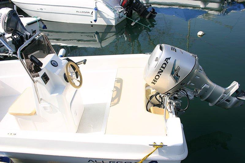 Motore della barca Allegra 430
