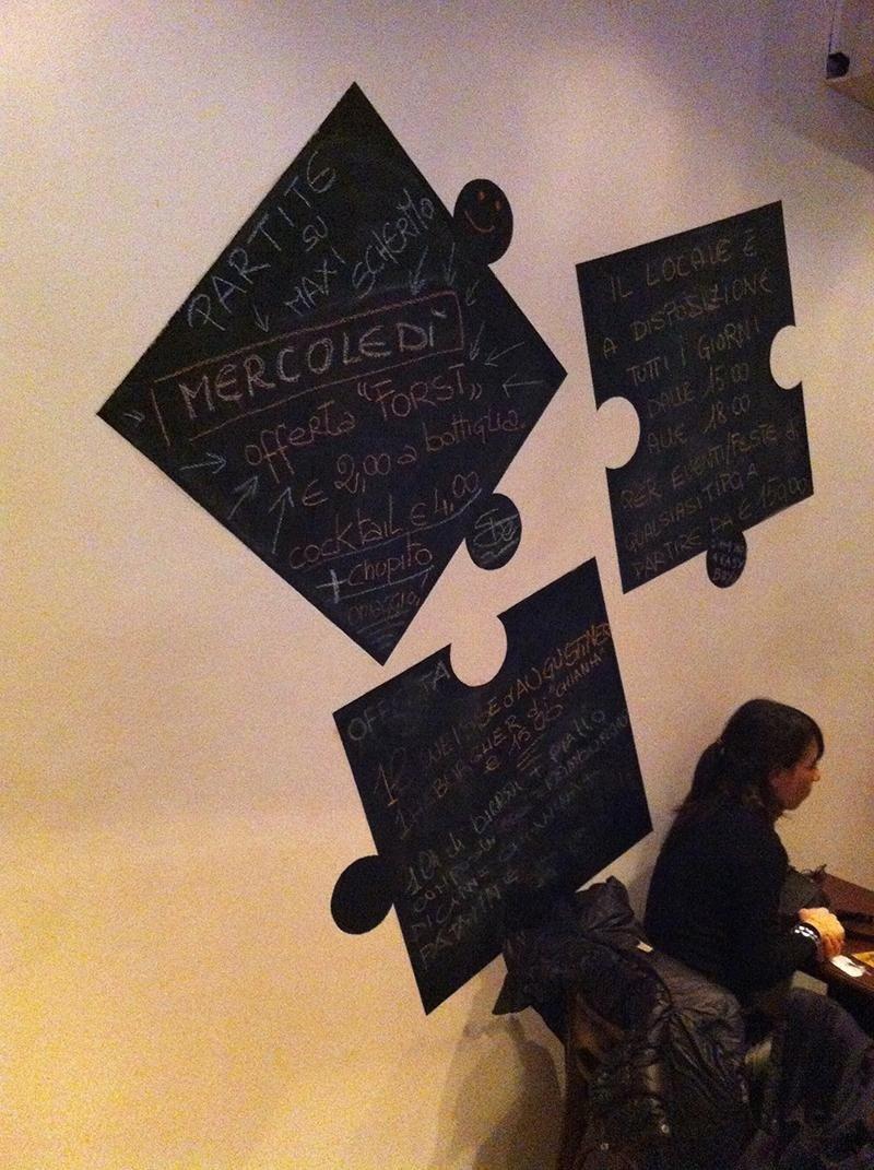 decorazione a mano su parete