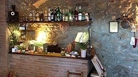 ristorante ambiente rustico