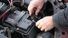 riparazione centraline, ricarica aria condizionata, controllo abs