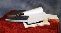 applicazione oro su libri